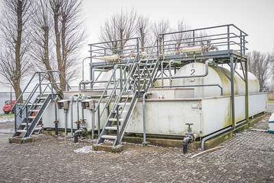 Tanks boezemgemaal Spaarndam