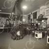 G1755 <br /> De gas-propaganda tentoonstelling in het KSA-gebouw. Zie ook foto G1753. Foto: 1926.