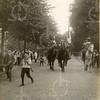 G1817 <br /> Het eeuwfeest 1813-1913, het onafhankelijkheidsfeest. Herauten te paard. Zie F1147. Foto: 1913.