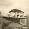 G0048 <br /> De villa Beukenrode aan de Hoofdstraat nr. 63, gebouwd in 1929. Vroeger de villa van de bollenkweker Pleun Krouwel. Hij was gehuwd met een dochter van de bekende familie Speelman. Later wordt het pand tot 2017 bewoond door de fam. J. Bader. Het huis (achter de metershoge heg) staat nu (2018) te koop. In de grote tuin naast en achter de villa zullen vier villa's worden gebouwd.