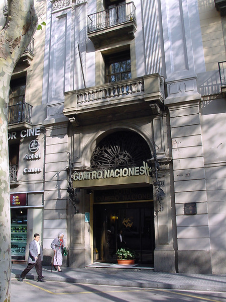 2001-1118-DSC03103-ons-hotel-quatro-naciones