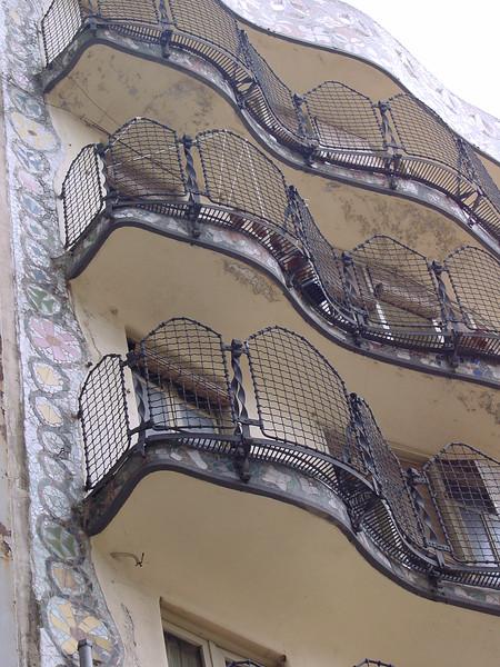 2001-1118-DSC03000casa_batlo