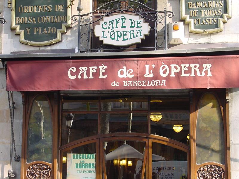 2001-1118-DSC03095-cafe_l'opera
