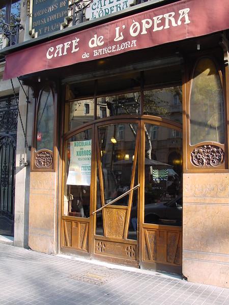 2001-1118-DSC03096-cafe_l'opera