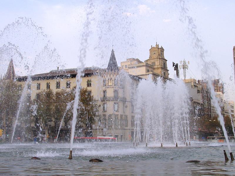 2001-1118-DSC03073-placa_de_catalunya