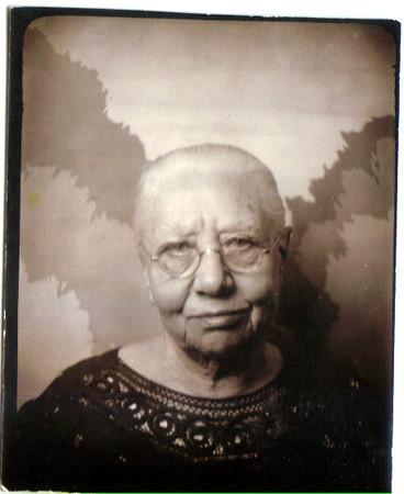 Aunt Grace BootsmanGrandma Douwsma's Sister (Garrit's mother's sister?)