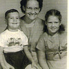 195x-12 - Frank, Pearl, Phyllis