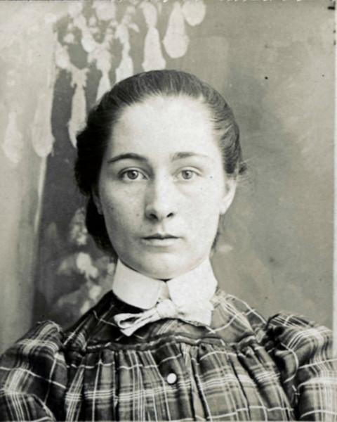 189x - Adelian Blanche Pownell