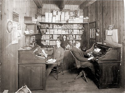 Acorn Brassworks in Chicago in 1904