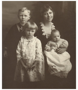 1920 Morris Miller (Age  7) with his mother, Geggy, and sisters, Marianna (Age 5) and Eloise  (infant).