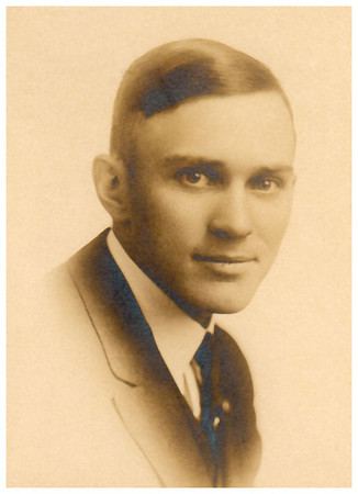 1911 Ray Wellington Miller Birth date: 8 May 1887 Death date: 19 Jun 1939
