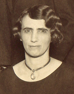 1926 Myrtle Whitmer, Bess Whitmer (wife to George) Birth date: 24 Nov 1883
