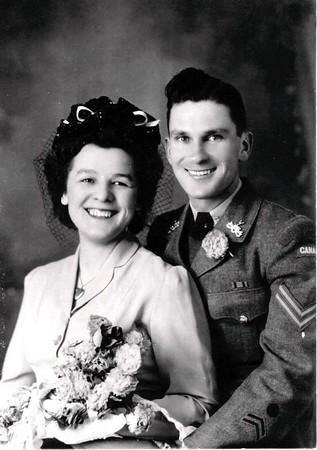 LÉANDRE & YVETTE (PELLETIER) BLANCHARD - Mariage 20 février 1944
