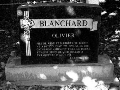 MONUMENT TOMBAL - OLIVIER BLANCHARD - SAINTE-ANNE DU BOCAGE - CARAQUET NB