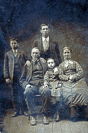 Parents of Pearl Edna Barger Voas