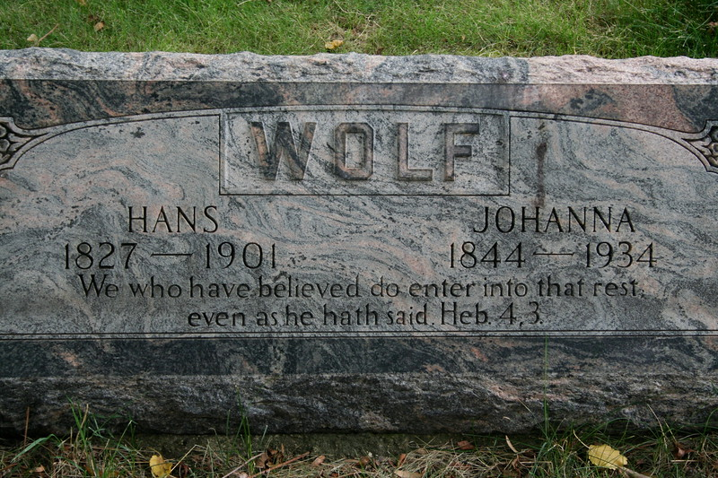 Concordia Cemetery, Forest Park, Cook County, Illinois<br /> WOLF, HANS (1827-1901), WOLF, JOHANNA (1844-1934)<br /> We who have believed do enter into that rest even as he hath said. Heb. 4, 3.