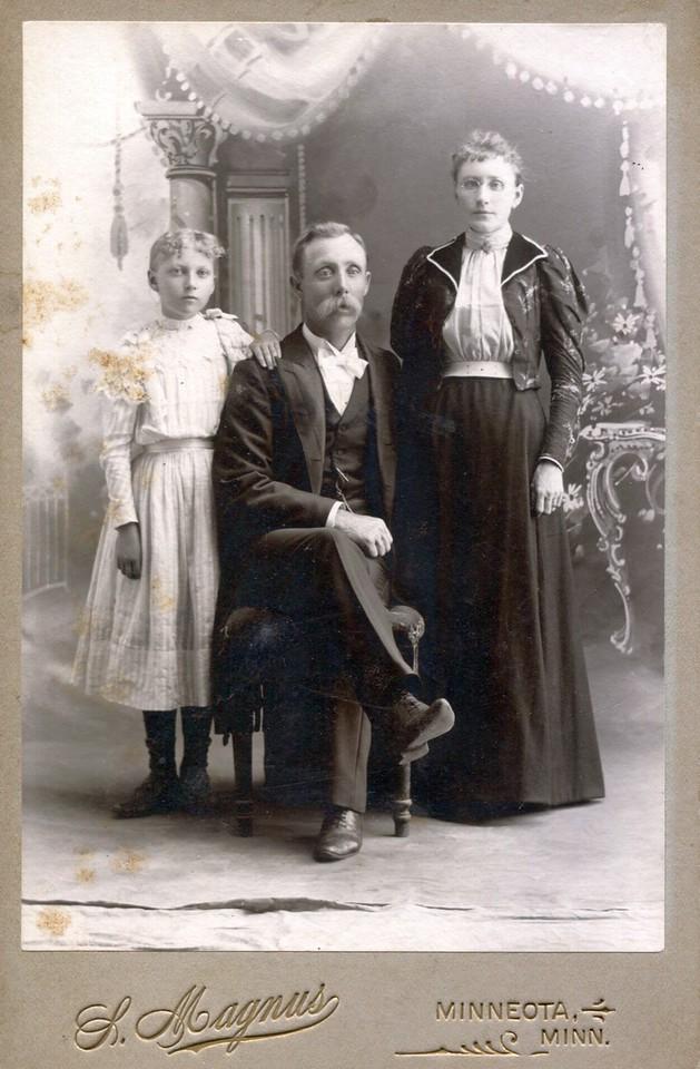 Bjornson-Family-012