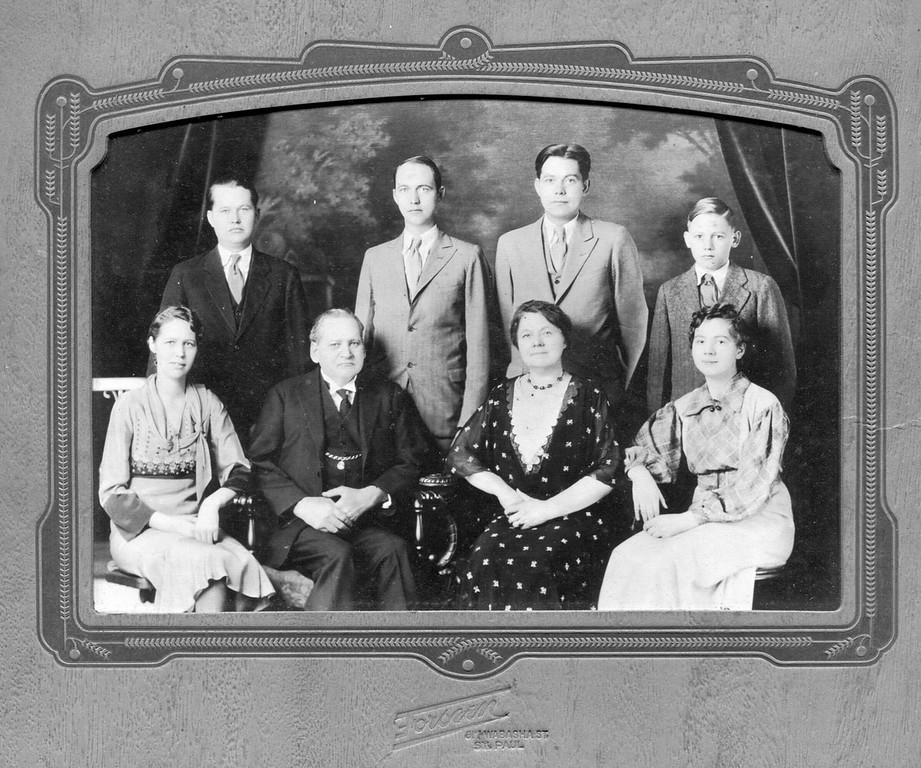 Bjornson-Family-008