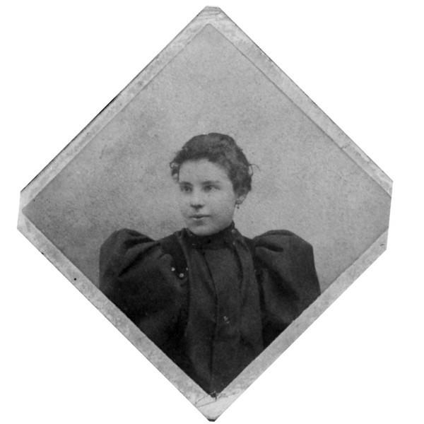 Mary Ellen Reilly Caldwell<br /> (born 1877 / died 1967)