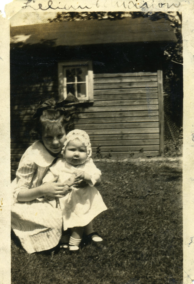 Lillian Caldwell and Marion Caldwell circa 1922<br /> <br /> Lillian was born 7 December 1910 in Atlanta, GA.  She died 5 July 1992 at home in Dearborn Heights, Michigan.<br /> Marion is the daughter of Charles Norman Caldwell, Lillian's brother.  She was born on 28 October 1921 in Detroit, MI and died 7 March 1998 in Leesburg, Florida.