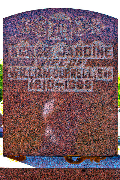 Plot 5, Row 2<br /> Agnes Jardine<br /> wife of<br /> William Durrell, Snr<br /> 1810 - 1888