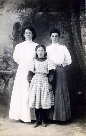 Hannah, Georgia & Charlotte Clark