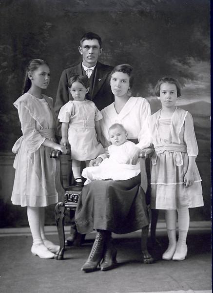 Sanford and Eva Clark family