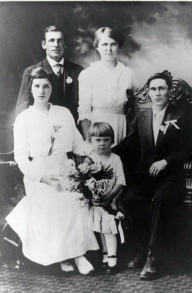 Wedding party of Sandford Clark and Eva Mapes