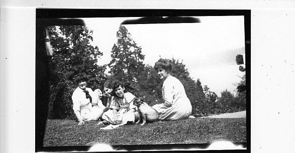 Estelle Keene Dohm, Dorothy & Virgie Dohm, Maude Keene Gill