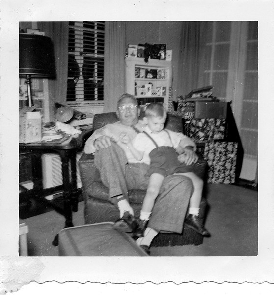 Christmas 1955, 15 Oak Lane, Glen Cove; SJD, Sr & GCD