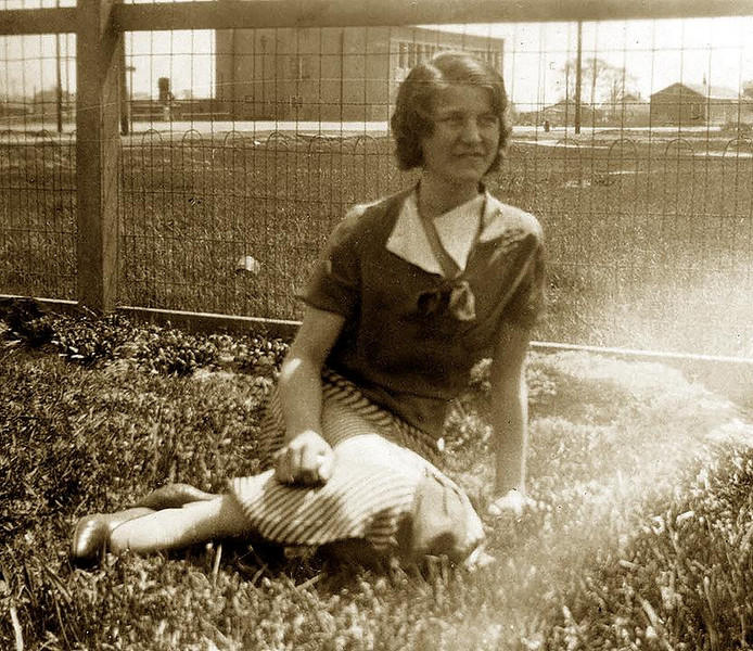 ADELIA  ELLERO (1918-2004), ca. 1935