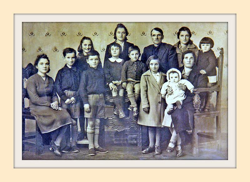 ANTONIO ELLERO & family