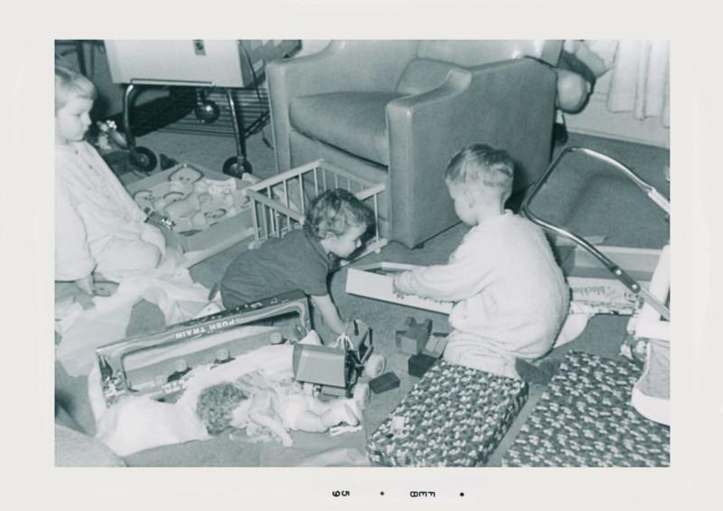 oldpics205-1 lisa cindy johnl 1959