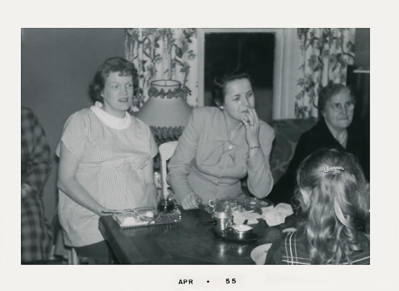 oldpics202-4 edith vi mittandec 1954test