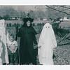 oldpics201-3 david johnl sue lisa shirly sthall 1964