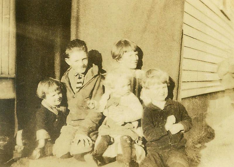 grandmaottsphotos484-2 Marshall, Raymond, Edith, Virginia, Gordon