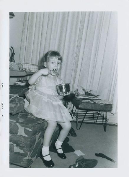 myoldphotos016-7 lisa birthday 1959