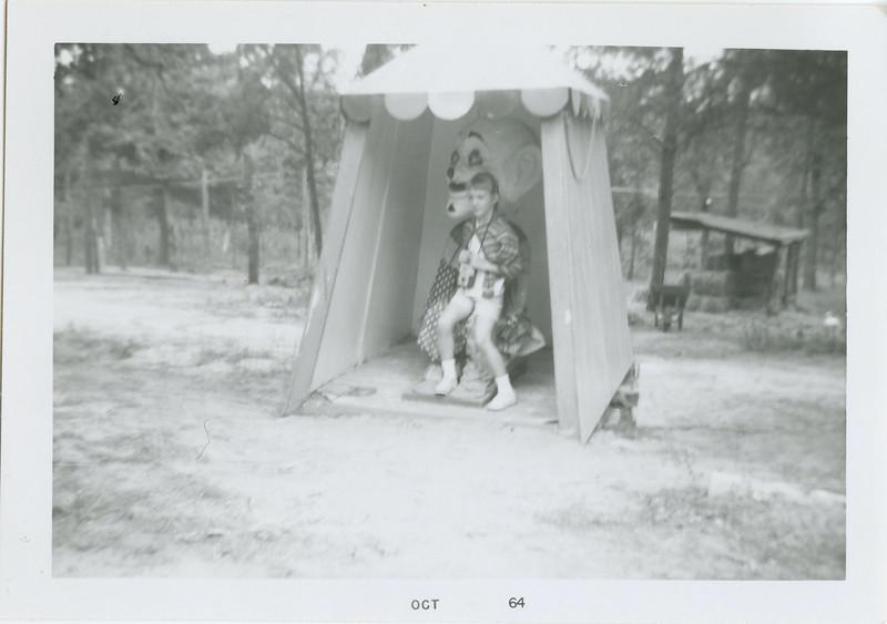 myoldphotos008-3 lisa deer forest 1964