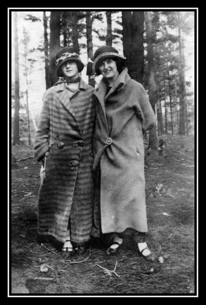 """Evelyn """"Pearl"""" Brodeur & her friend Mary Curran at Mt. Pleasant, Lowell, MA, date unknown."""