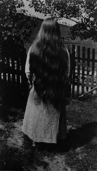 Ma Thompson (back)-1