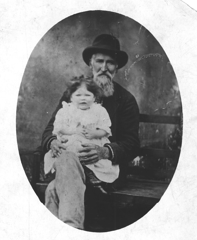 C:\My Documents\My Pictures\Family History\Andrew Thompson & Florence.tif