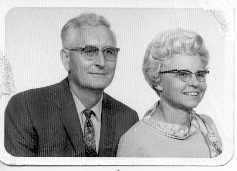 Bob & Loisa Vandrell