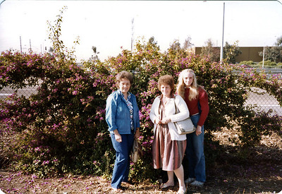 Barbara, Shirley and Kerri waiting for the Tijuana Trolley