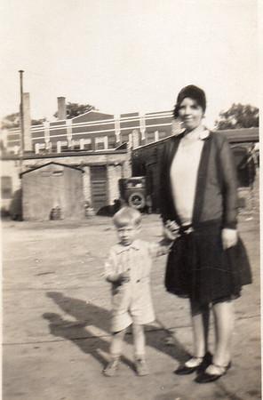 Bill Jr. and Ella taken at Wilmette, IL 1930