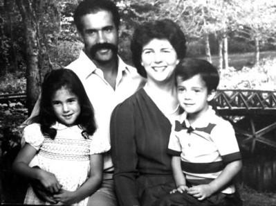 Dorian & Margaret (Foote) Hubbard, Melissa & Derek. Margaret is the daughter of Glenn & Maureen.