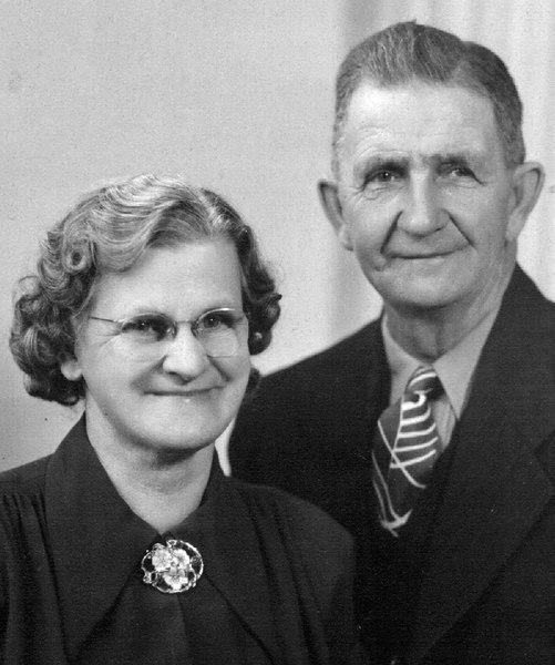 Margaret (Thompson) and Rayburn Cunningham - 1959