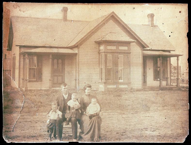 Alfred V. Cunningham family - Ca. 1889