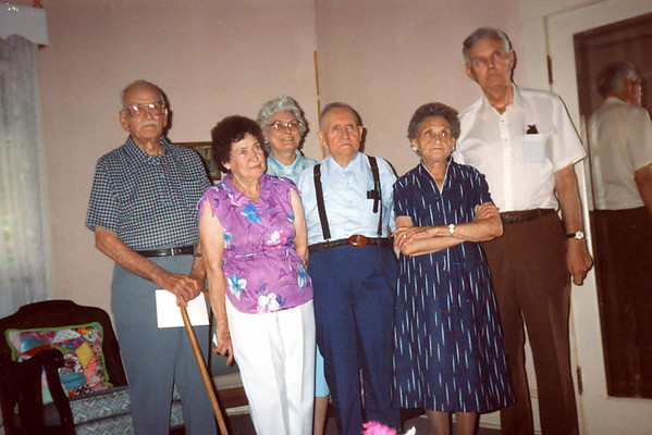 Walter Diggs Gean Family<br /> ca. 1990<br /> <br /> David Alton Gean<br /> Frances Ruth Gean Beene<br /> Evelyn Mae Gean Sparks<br /> William Ray Gean Sr.<br /> Eva Lois Gean Myers<br /> Walter Woodrow Gean