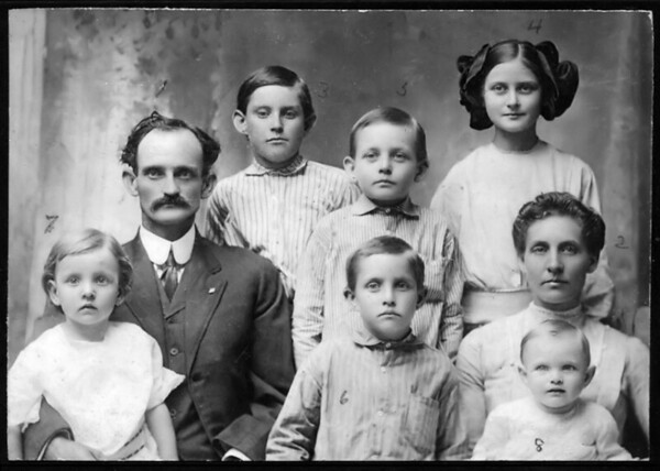 "Walter Diggs Gean Family 1913<br /> <br /> On the photo's back: ""Year 1913""<br /> with names linked to numbers on<br /> image.<br /> <br /> Back<br /> Albert Dhu, Sep 26 1900<br /> Eva Lois, Jul 9 1902<br /> <br /> Middle<br /> Walter Diggs Gean, Mar 23 1876<br /> David Alton, Aug 10 1904<br /> <br /> Front<br /> Mary Elizabeth, Jun 1 1909<br /> William Ray, Nov 3 1906<br /> Roxie Ann Pears Gean, Dec 18 1881<br /> Alberta, Jul 2 1912"