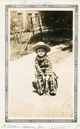 David Alton Gean, Jr. Son of Alton Gean, (Walter Diggs Gean - Roxie Ann Pears) 'Sonny'...'Sonny Boy' DATE: unk.